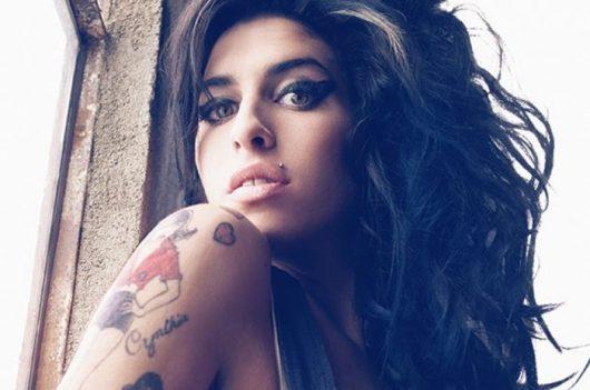 Amy Jade Winehouse (*1983 +2011): aj alkohol dokáže zabiť